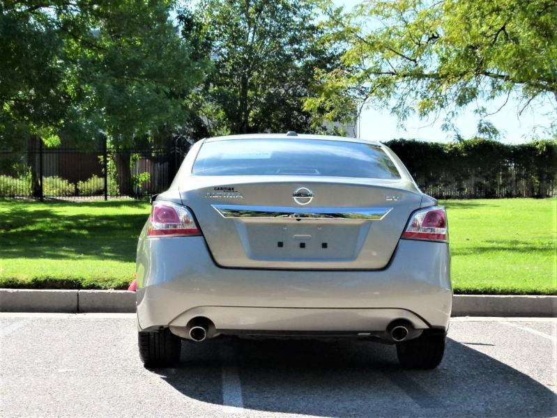 Nissan Altima 2015 price $15,800