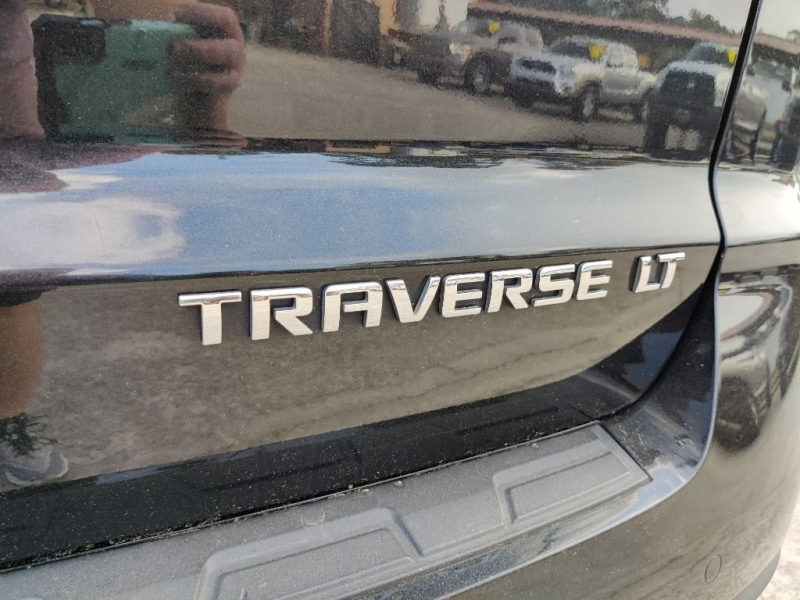 CHEVROLET TRAVERSE 2015 price $16,950