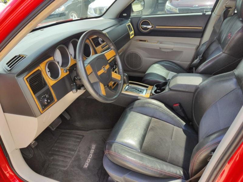 DODGE MAGNUM 2007 price $8,950