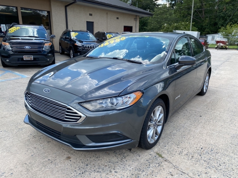 FORD FUSION HYBRID 2017 price $15,950