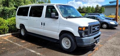 Ford Econoline Wagon 2011 price $11,650