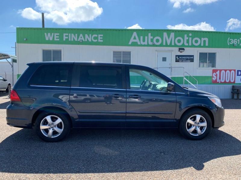 Volkswagen Routan 2009 price $8995/$900 Down