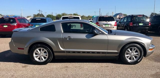Ford Mustang 2008 price $8995/$1000 Down