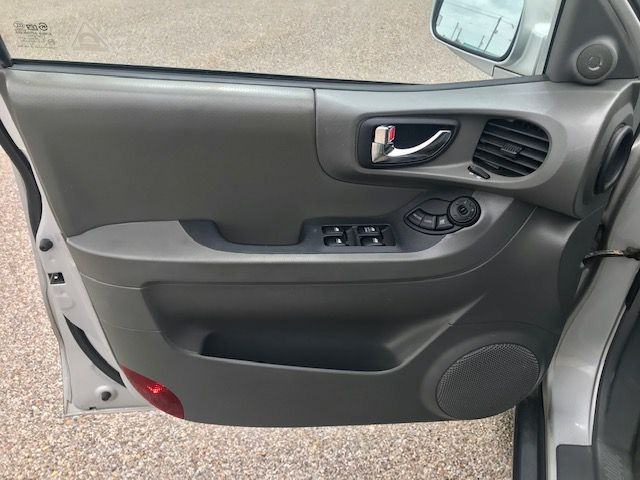 Hyundai Santa Fe 2004 price $9495/$1000 Down