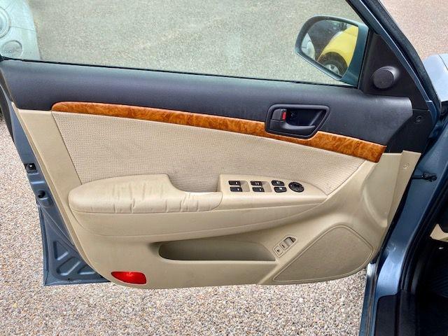 Hyundai Sonata 2009 price $8995/$900 Down
