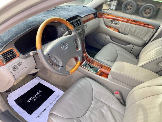 Lexus LS 430 2002 price $9495/$1000 Down