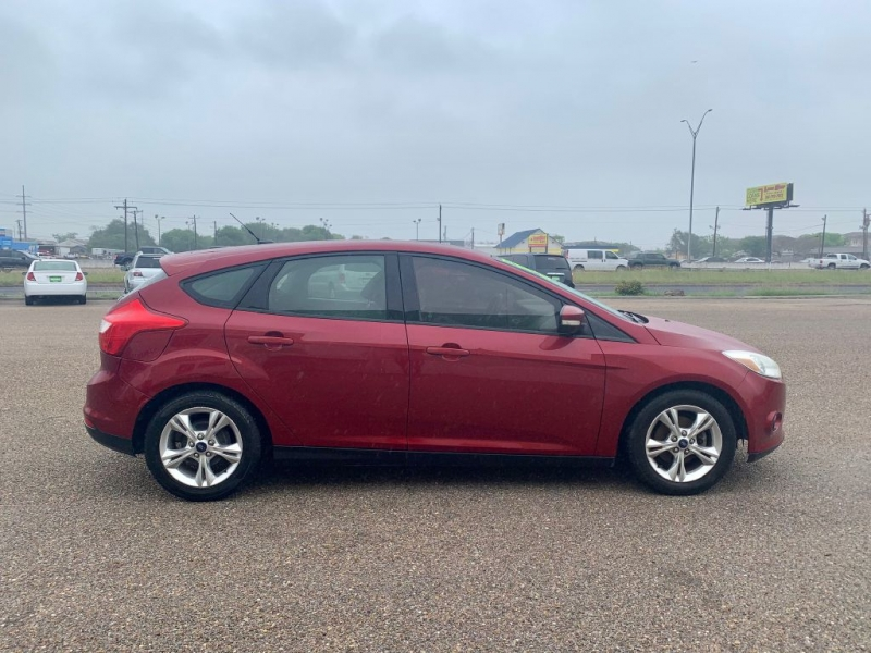 Ford Focus 2013 price $6995/$900 Down