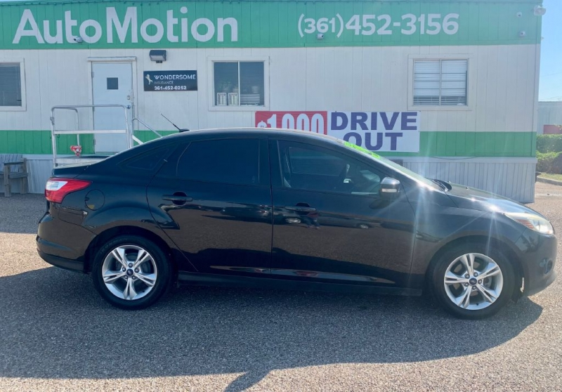 Ford Focus 2013 price $7995/$900 Down