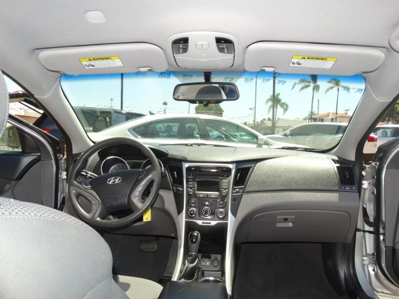 Hyundai Sonata 2014 price $9,900