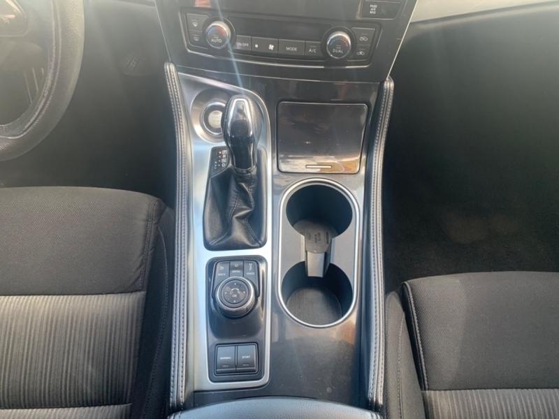 Nissan Maxima 2016 price $14,990