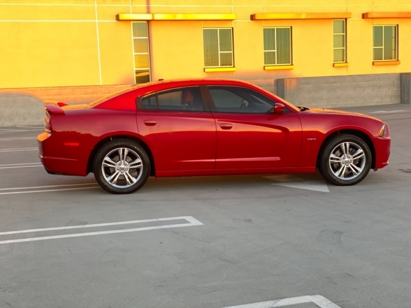 Dodge Charger 2012 price $13,998