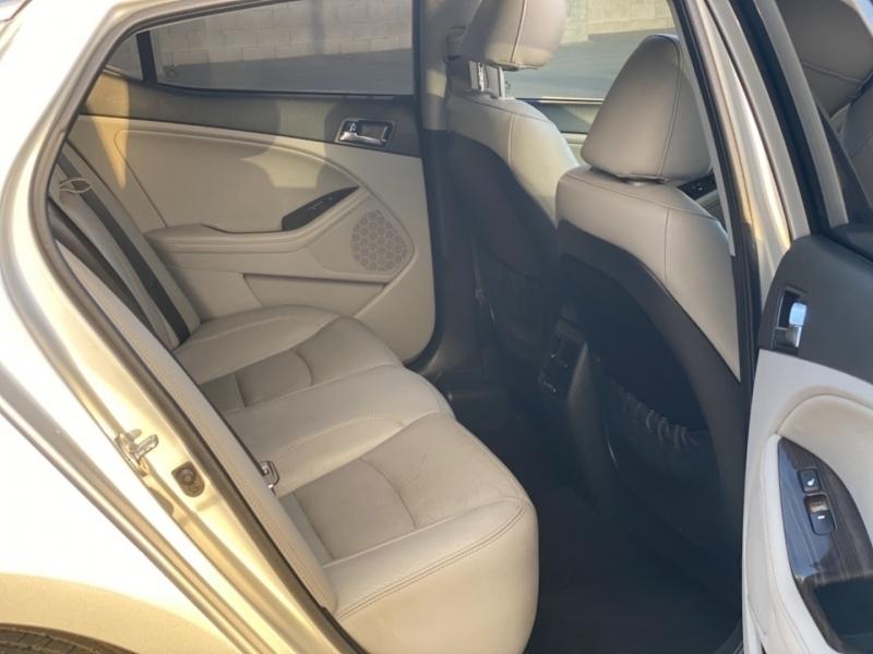 Kia Optima 2013 price $9,990