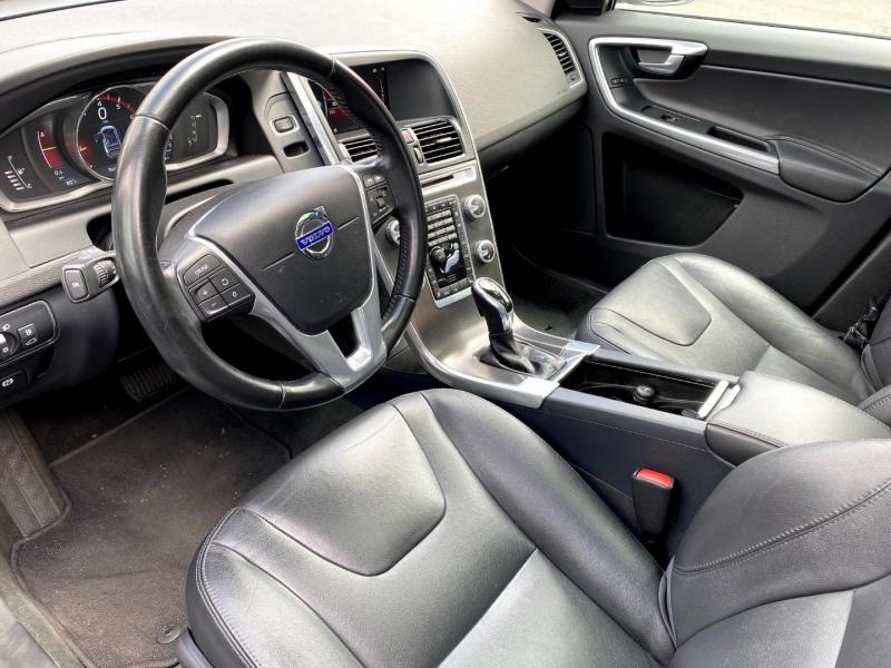 Volvo XC60 2015 price $16,900