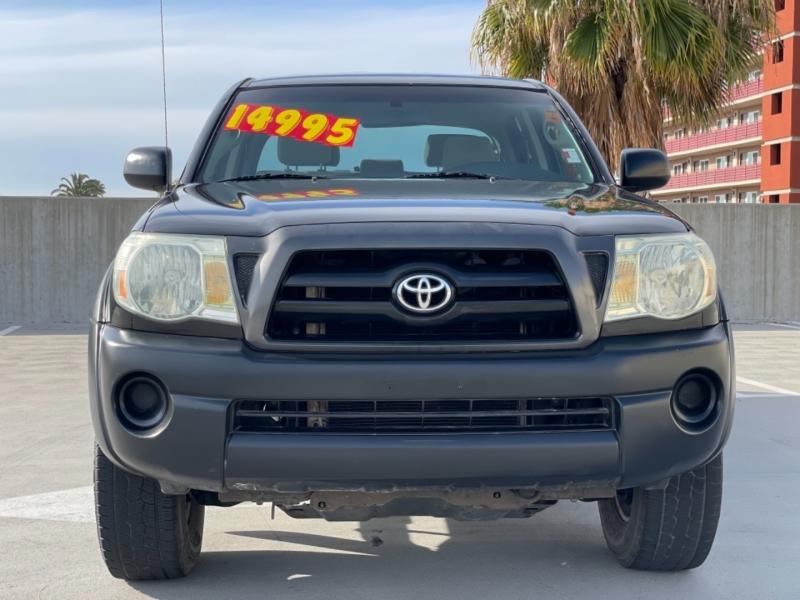 Toyota Tacoma 2006 price $14,995
