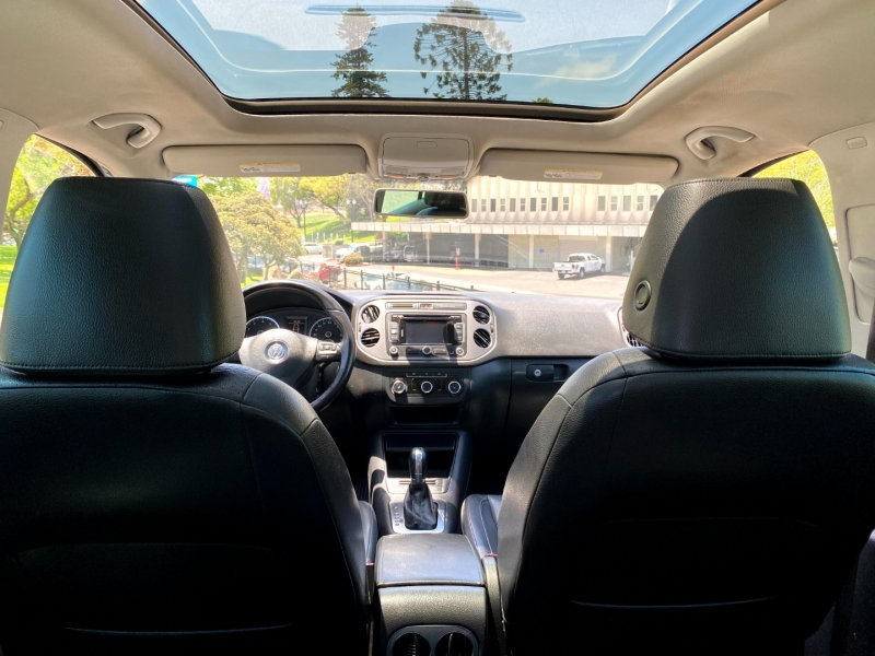 Volkswagen Tiguan 2012 price $9,900