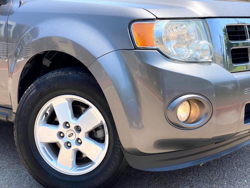 Ford Escape 2012 price $7,900