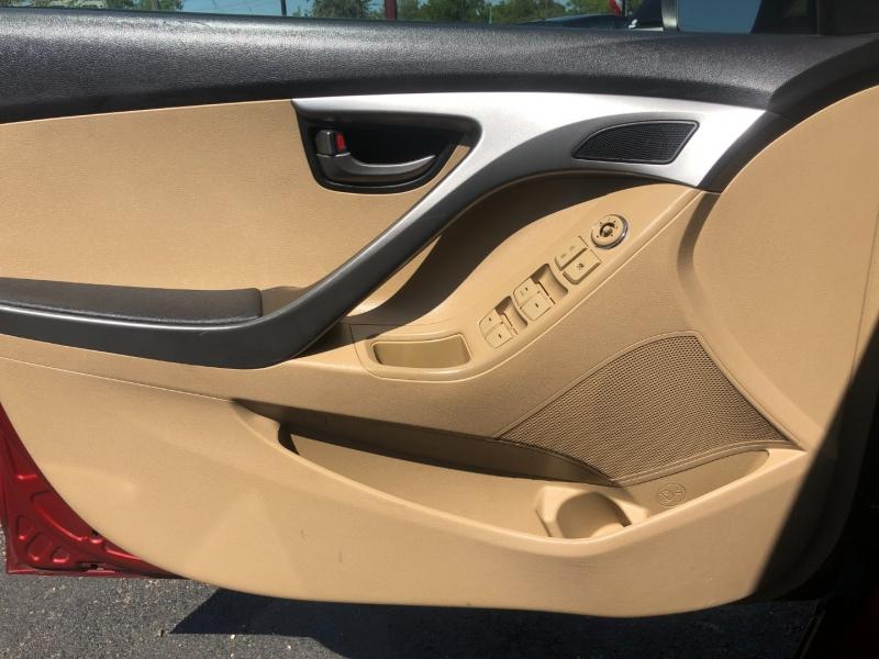 Hyundai Elantra 2013 price $7,950