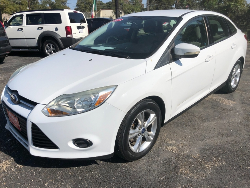 Ford Focus 2013 price $6,700