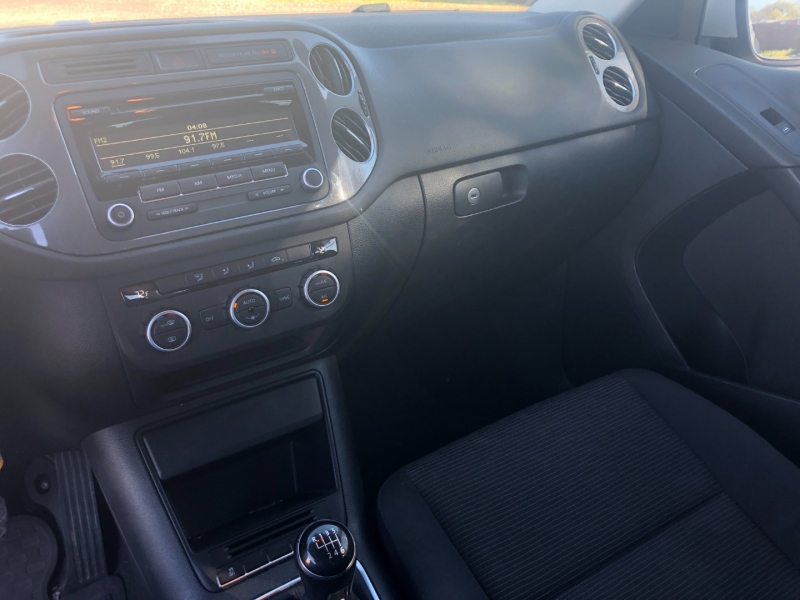 Volkswagen Tiguan 2013 price $9,495