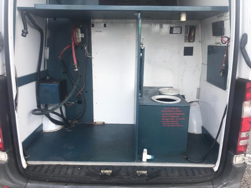Freightliner Sprinter 2500 2010 price $23,995