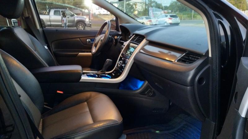 Ford Edge 2014 price $15,495