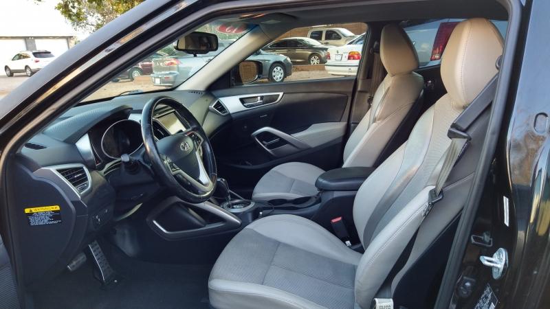 Hyundai Veloster 2013 price $8,950