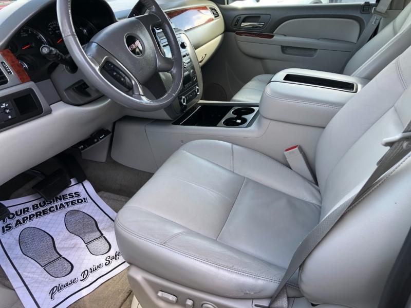 GMC Yukon XL 2012 price $11,995