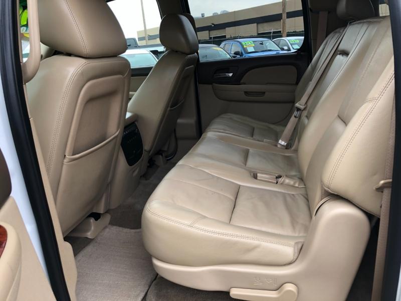 Chevrolet Suburban 2010 price $12,995