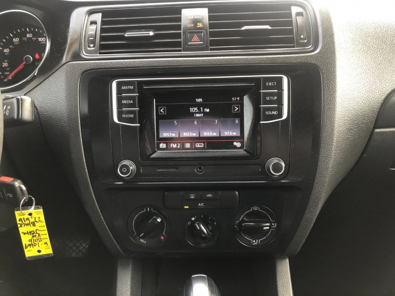 Volkswagen Jetta Sedan 2016 price $7,995