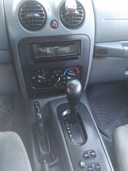 Jeep Liberty 2005 price $3,995