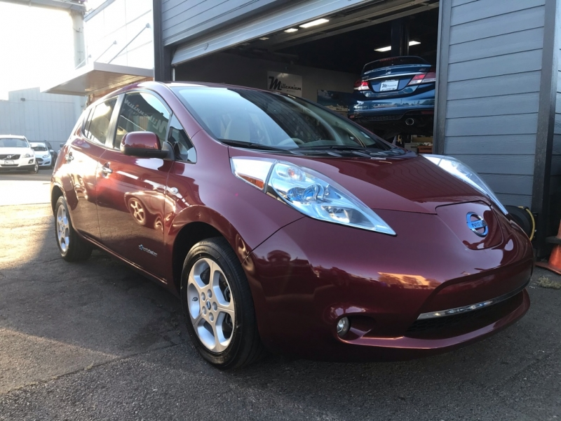 Nissan LEAF 2011 price $5,591
