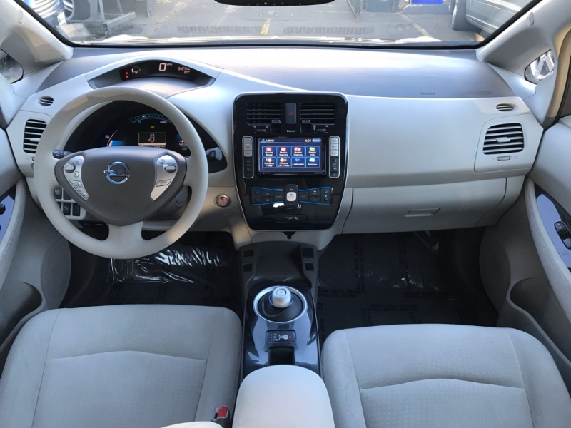 Nissan LEAF 2011 price $4,900
