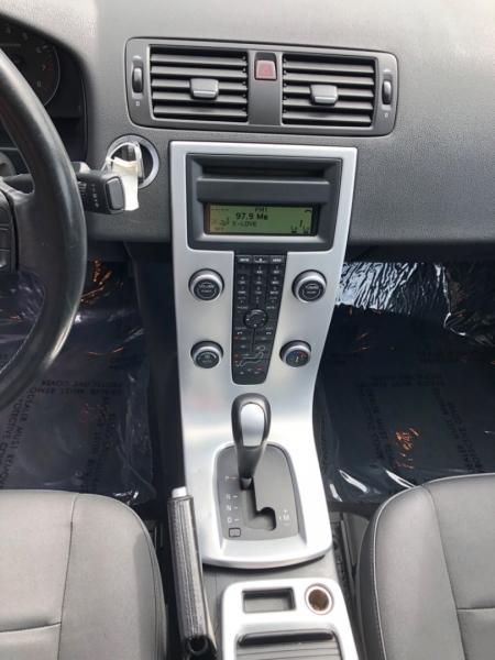 Volvo S40 2010 price $7,500