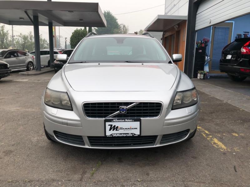 Volvo V50 2005 price $5,900