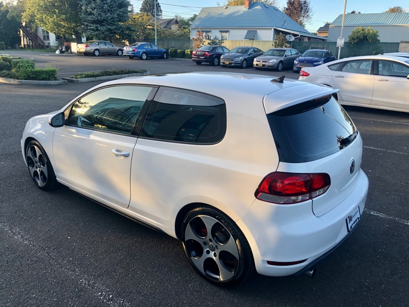 Volkswagen Golf GTI 2011 price $10,900