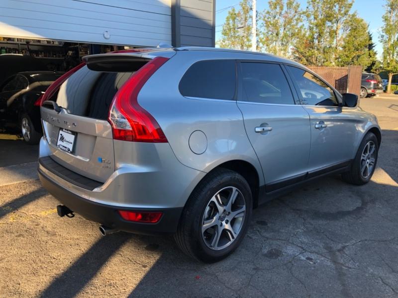 Volvo XC60 2013 price $13,900