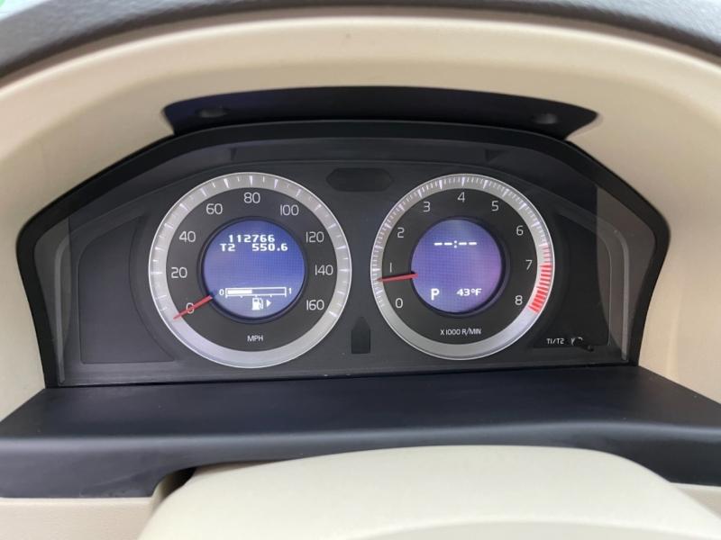 Volvo XC70 2009 price $7,500