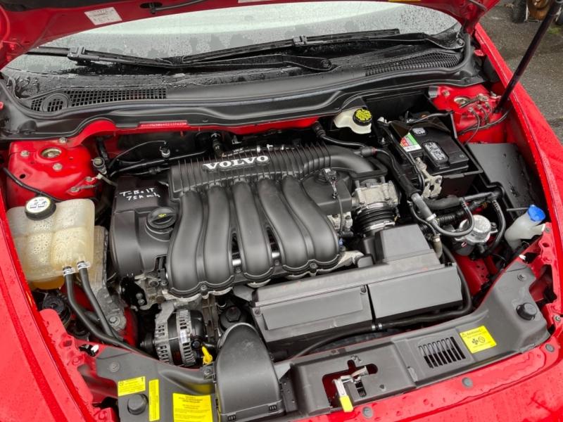 Volvo V50 2005 price $6,500