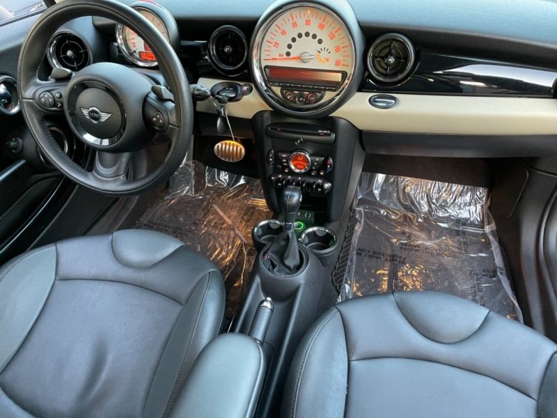 Mini Cooper Clubman 2013 price $9,900