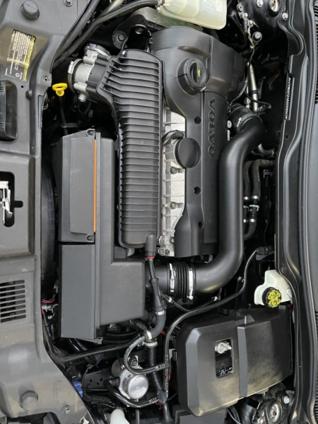 Volvo C30 2008 price $9,900