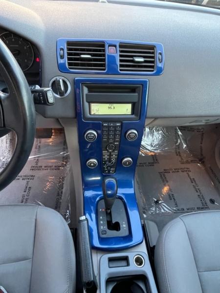 Volvo C30 2008 price $8,900