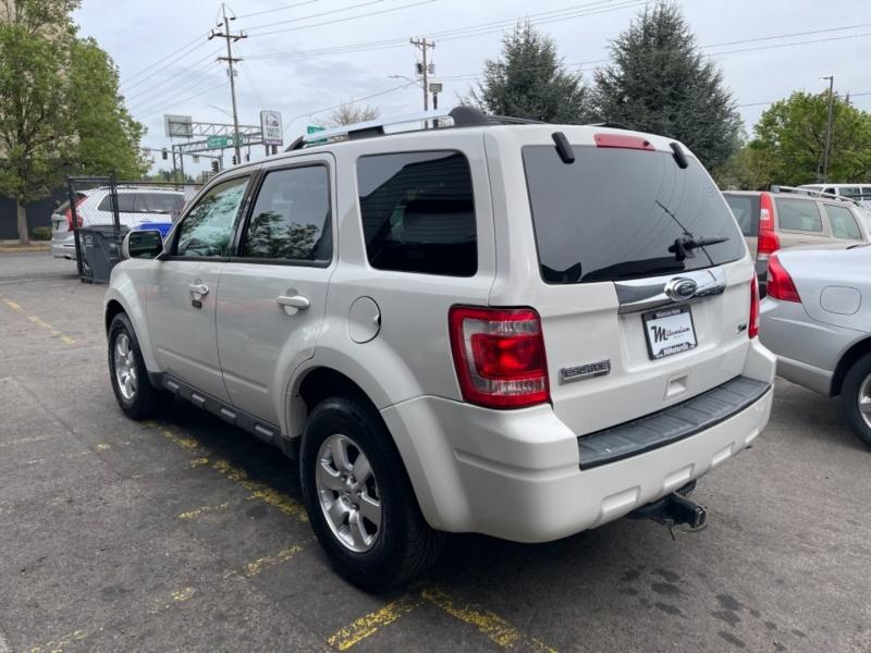 Ford Escape 2011 price $9,500