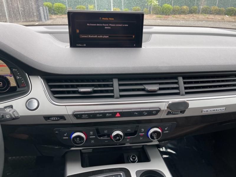 Audi Q7 2018 price $36,900