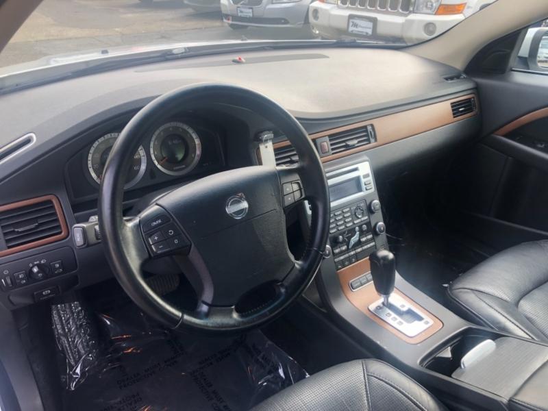 Volvo S80 2008 price $9,900