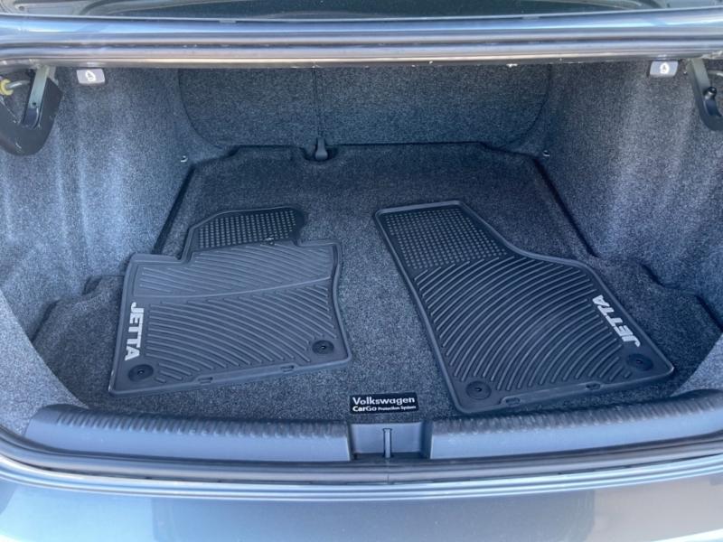 Volkswagen Jetta Sedan 2012 price $8,499