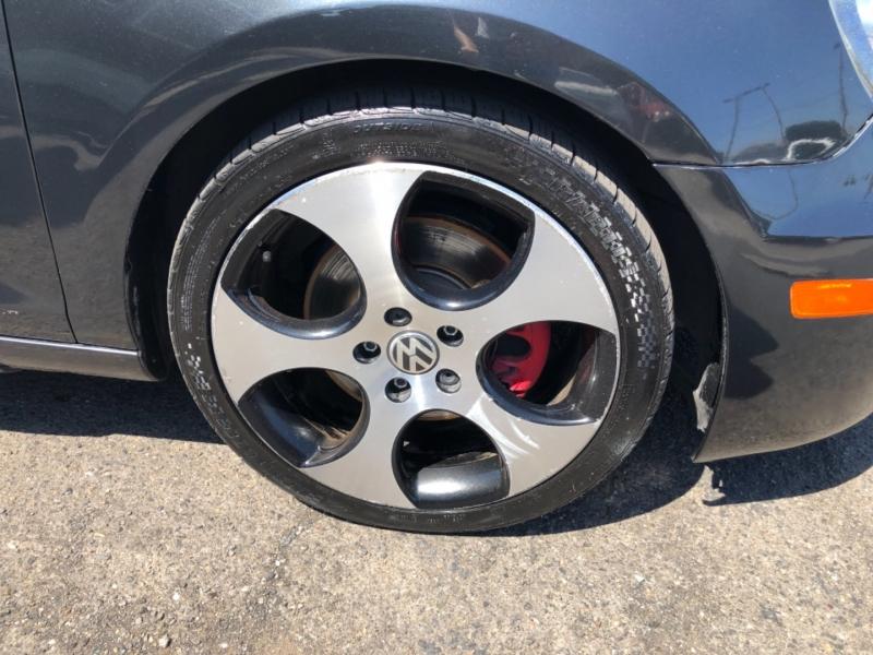 Volkswagen GTI 2011 price $11,900
