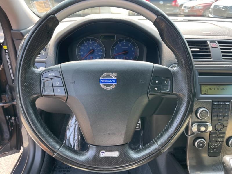 Volvo C30 2009 price $9,900