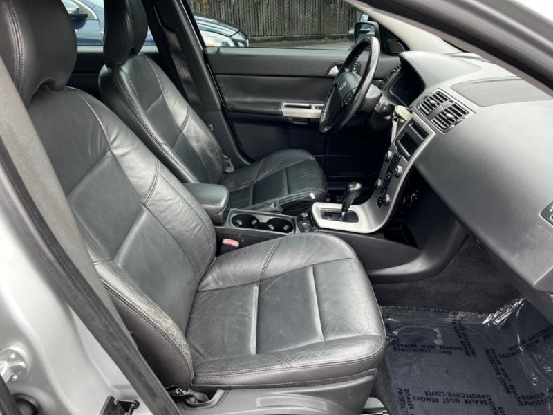 Volvo V50 2005 price $7,900