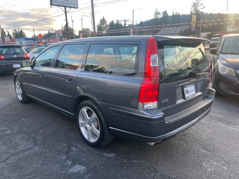Volvo V70 2005 price $19,900