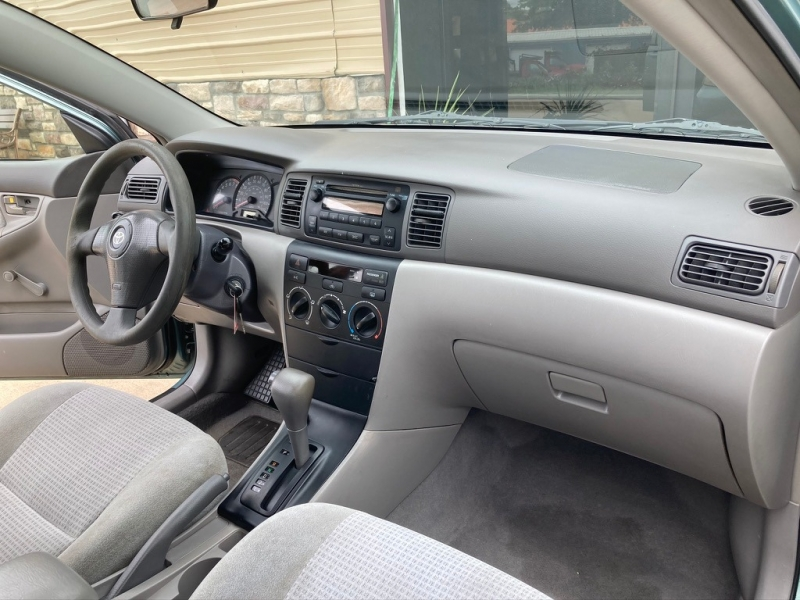 Toyota Corolla 2005 price $3,998